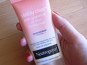Proizvodi: Neutrogena Visibly Clear Pink Grapefruit